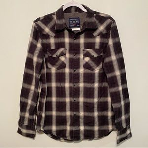American Eagle Outfitters Vintage Fit Button Down